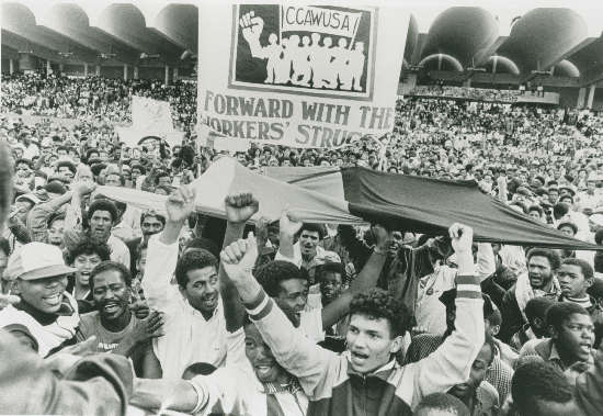 Workers at COSATU rally in the Western Cape. 1986. Original SAHA Collection, AL2547_11.11.5 (Photographer unknown/Source:IDAF)