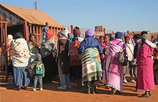 Child grant / pension queue, Driefontein, June 2013